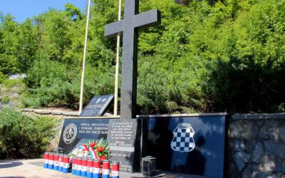 Dostojanstven odgovor na vandalski čin pred spomen obilježjem u Studenim Vrilima
